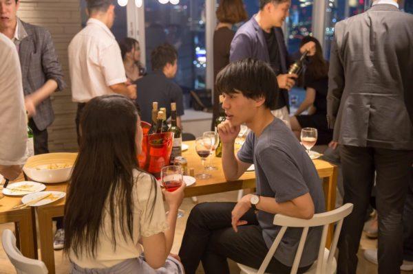 【終了】2018年9月23日(日) 横浜 18:00~ 20:30  横浜独身ワイン会  ~山下公園のちかく、女性に大人気のパンケーキがでる素敵なハワイアンのお店で  独身限定でワインと交流を楽しむ会~