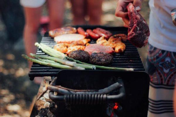 江戸川BBQワイン会〜肉業者から特別に仕入れたBBQ用の厳選牛肉とおいしいワインが飲める会〜